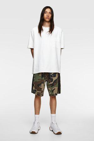 Zara Men Bermudas - Camouflage print bermuda shorts with trims