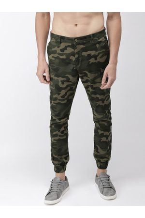 Highlander Men Green Slim Fit Printed Joggers