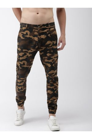 Highlander Men & Olive Green Slim Fit Printed Joggers