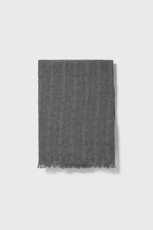 Zara Basic textured scarf