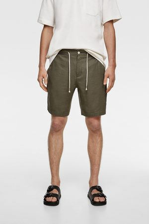 Zara Men Bermudas - Rustic bermuda shorts