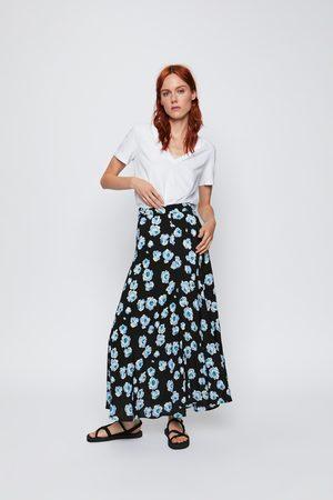 Zara Floral midi skirt