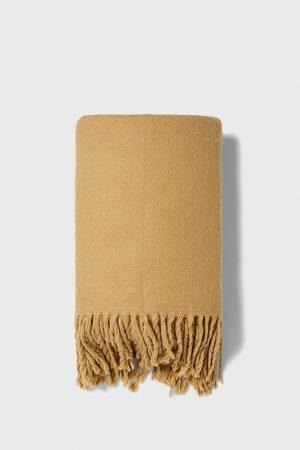 Zara Fringed chunky knit scarf