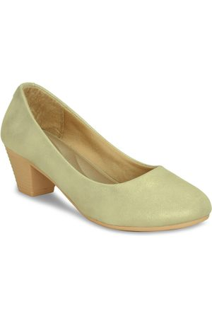 Get Glamr Women Gold-Toned Solid Pumps