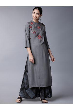 Vishudh Women Grey & Black Embroidered Kurti with Palazzos