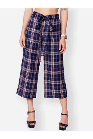 SCORPIUS Women Navy Blue & White Checked Wide Leg Cropped Palazzos