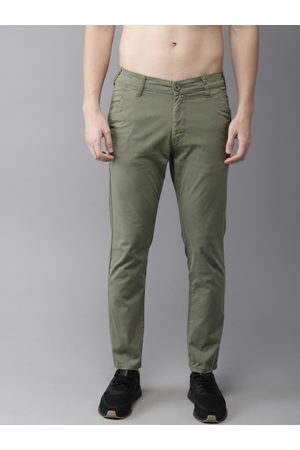 HERE&NOW Men Green Slim Fit Solid Chinos
