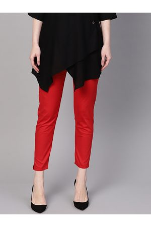 Anaisa Women Red Smart Slim Fit Solid Cropped Stretchable Cigarette Trousers