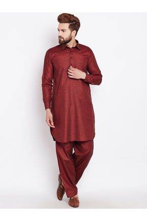 SOJANYA Men Maroon Solid Kurta With Salwar