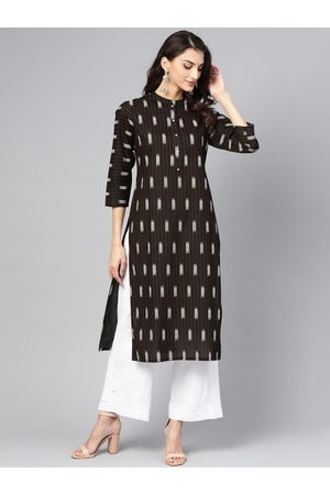 Meeranshi Women Black & White Striped Straight Kurta