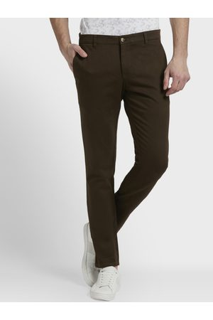 Parx Men Brown Slim Fit Self Design Chinos