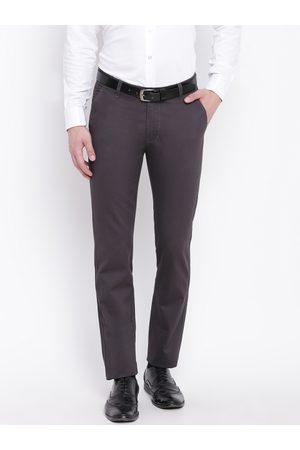 HANCOCK Men Grey Slim Fit Solid Formal Trousers
