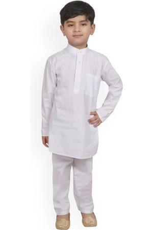 SG YUVRAJ Boys White Solid Kurta with Pyjamas