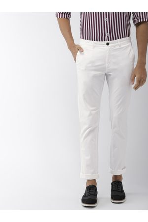 Indian Terrain Men White Brooklyn Slim Fit Solid Chinos