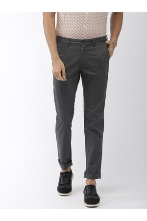 Indian Terrain Men Charcoal Grey Brooklyn Slim Fit Solid Chinos
