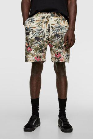 Zara Men Bermudas - Tropical print bermuda shorts
