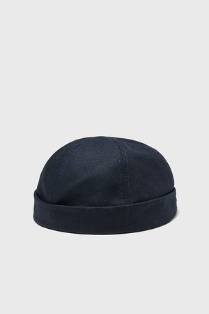 Zara Short hat