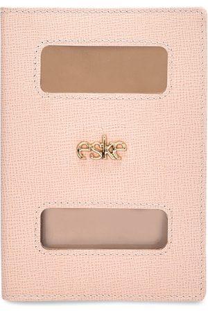 Eske Men Nude-Coloured Solid Leather Passport Holder