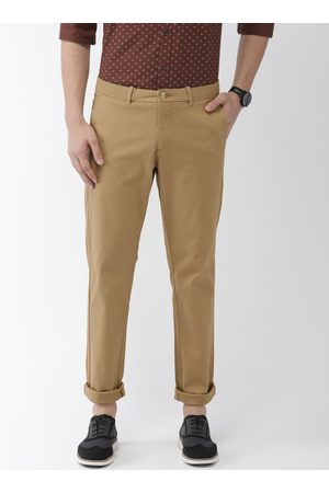 Indian Terrain Men Khaki Brooklyn Slim Fit Solid Regular Trousers