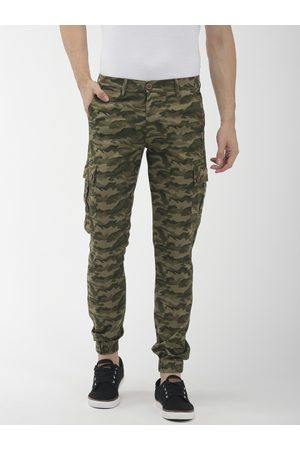 The Indian Garage Co Men Olive Green Slim Fit Camouflage Printed Joggers