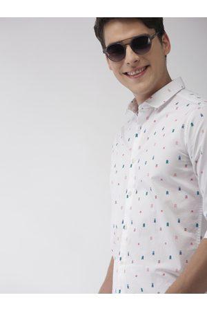 Mast & Harbour Men White & Blue Regular Fit Printed Casual Shirt
