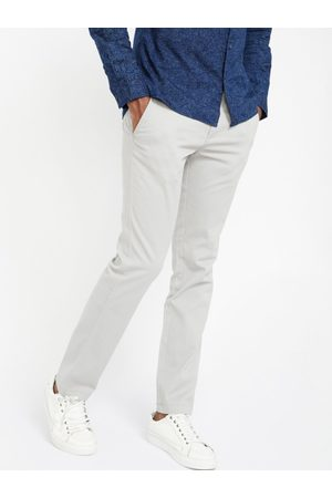 Lifestyle Men Off-White Slim Fit Solid Chinos