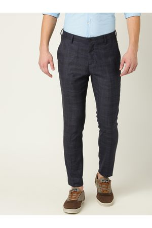 Benetton Men Navy Blue & Black Regular Fit Checked Cropped Chinos