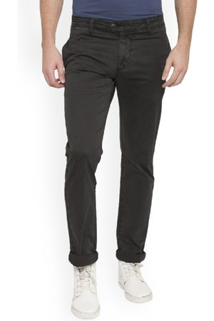 SPYKAR Men Grey Slim Fit Solid Regular Trousers