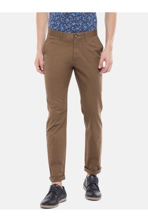 Chipie Men Regular Fit Solid Chino Trousers