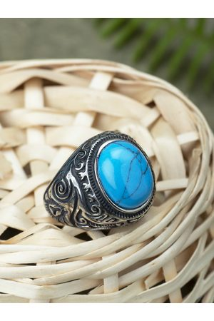 Peora Men Silver-Toned & Blue Stone-Studded Ring