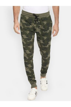 PEOPLE Men Olive Green Camouflage Joggers