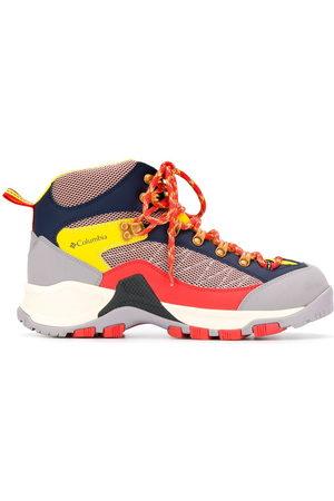 HENRIK VIBSKOV X Columbia Tablerock colour-block trekking boots