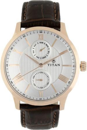 Titan Men White Analogue Watch 90100WL01
