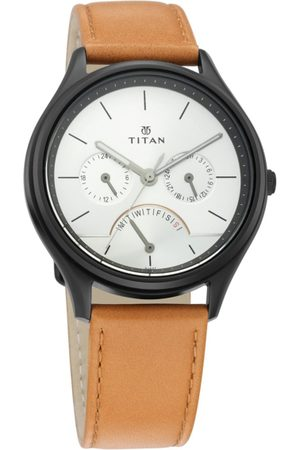 Titan Men Silver-Toned Analogue Leather Watch 1803NL01