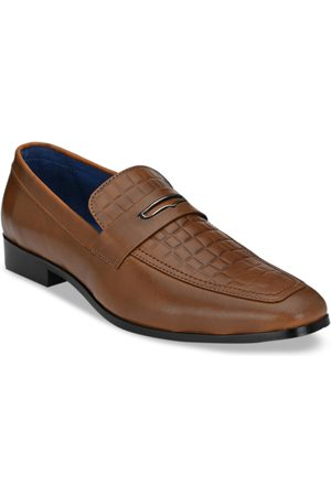 San Frissco Men Loafers - Men Tan Brown Textured Leather Semi-Formal Penny Loafers