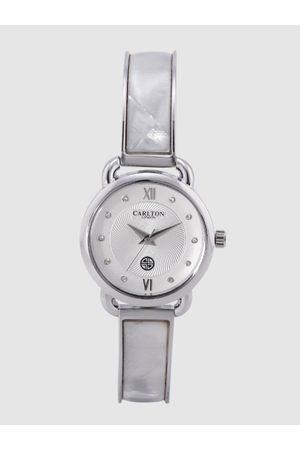 Carlton London Women Silver-Toned Analogue Watch CL026SSIS