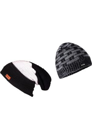 Knotyy Men Multicoloured Solid Beanie