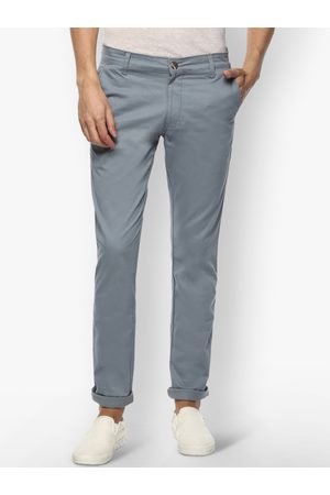 Urbano Fashion Men Grey Slim Fit Solid Stretchable Regular Trousers