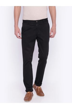 Lifestyle Men Black Solid Slim Fit Chino Trousers
