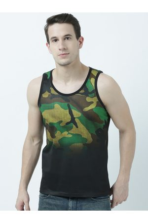 Wear Your Mind Men Green Printed Scoop Neck T-shirt