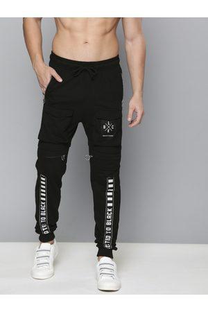 Kook N Keech Men Black Printed Slim Fit Joggers