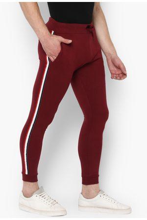 Urbano Fashion Men Maroon Solid Pure Cotton Slim-Fit Joggers