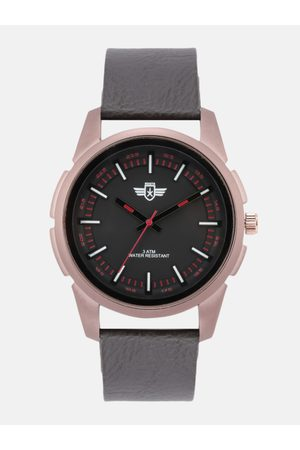 Roadster Men Brown Leather Analogue Watch RD17-31A