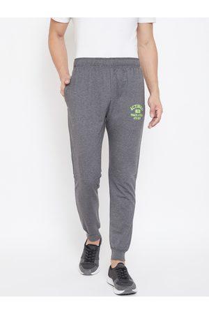 ACTIMAXX Men Charcoal Grey Slim Fit Joggers