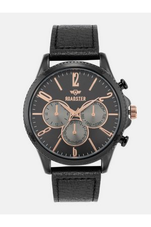 Roadster Men Black Leather Analogue Watch SWM-RD1-B1