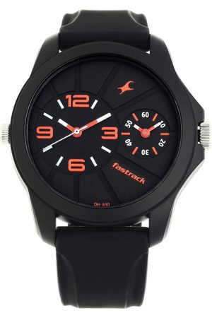 Fastrack Men Black Analogue Watch 38042PP01