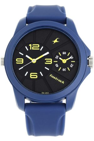 Fastrack Men Black Analogue Watch 38042PP03