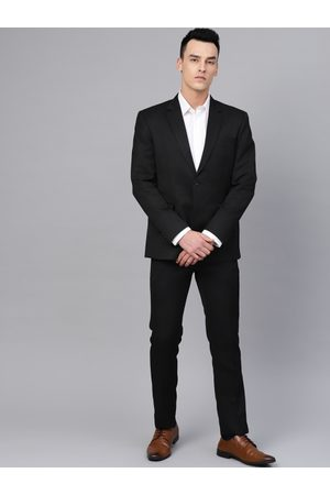 MANQ Men Black Solid Slim Fit Formal Suit