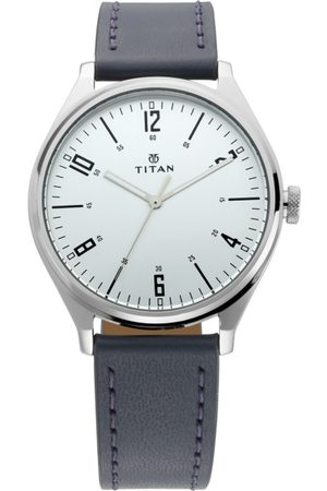 Titan Men Silver-Toned Analogue Leather Watch 1802SL02