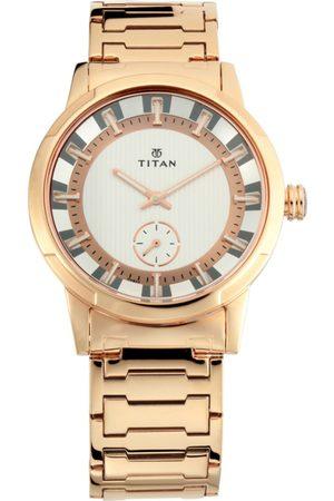 Titan Men Silver-Toned & Gold-Toned Analogue Watch 1792WM01
